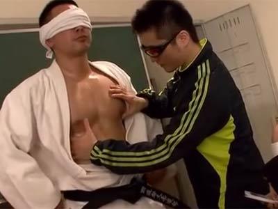 空手部の男子生徒が犯される