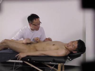 ホモ医師にセクハラされる男